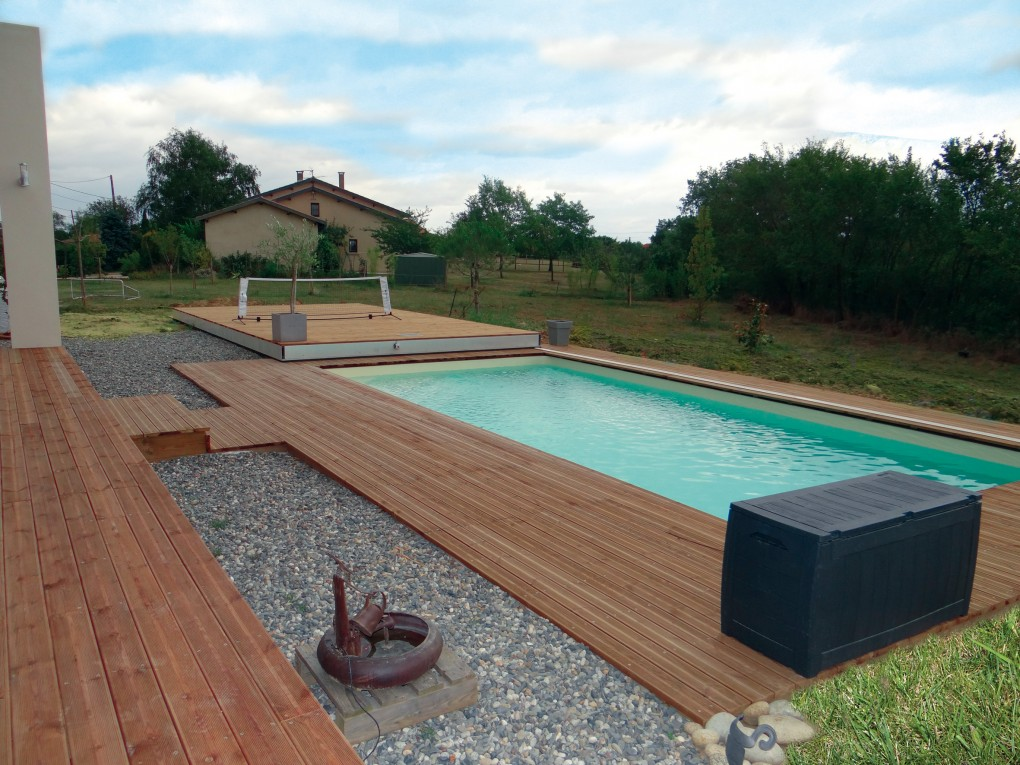 Terrasse coulissante piscine poitiers design for Piscine poitiers