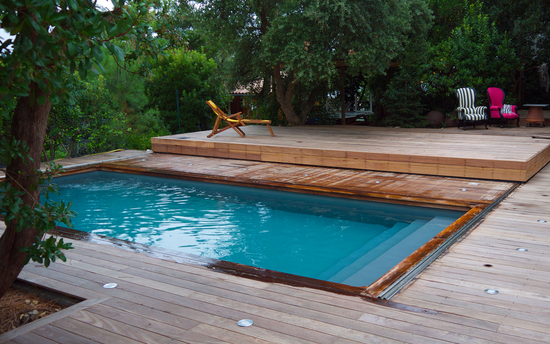 Terrasse mobile pour piscine hidden pool fond mobile for Piscine en bois de qualite