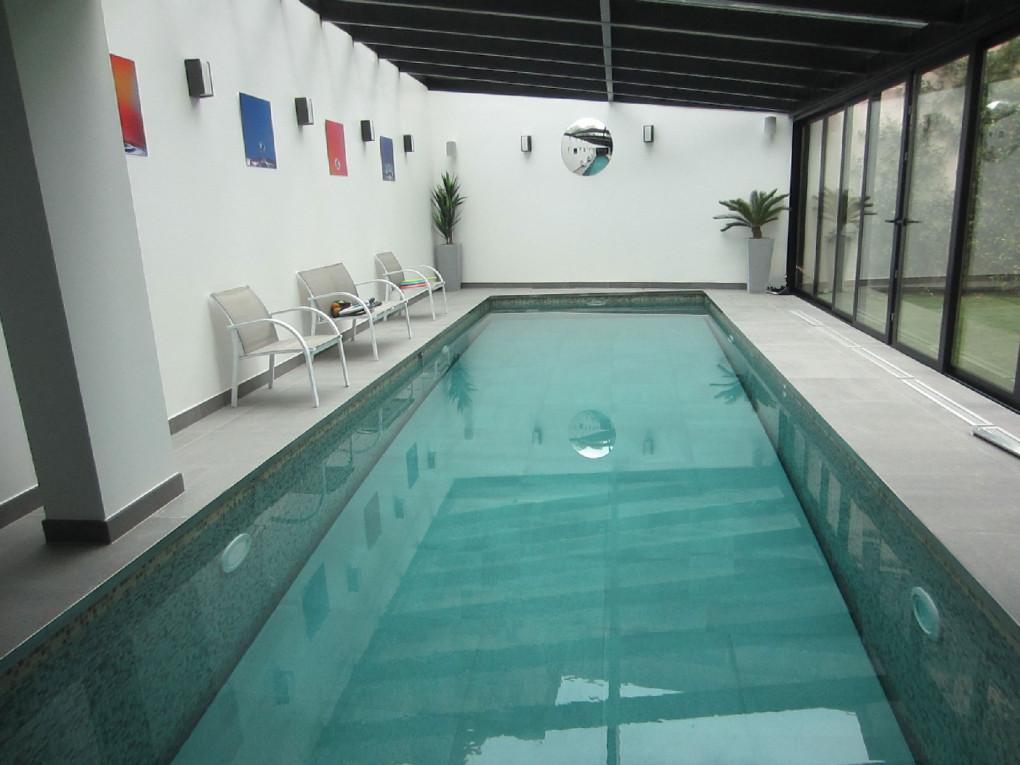 piscine-toit-ouvrant
